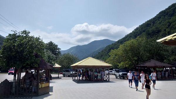 Медовая ярмарка на экскурсии в Абхазии