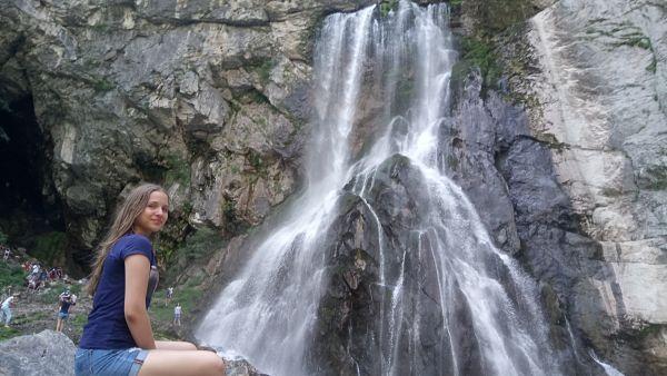 На гегском водопаде