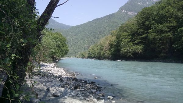 Река Бзыбь рафтинг